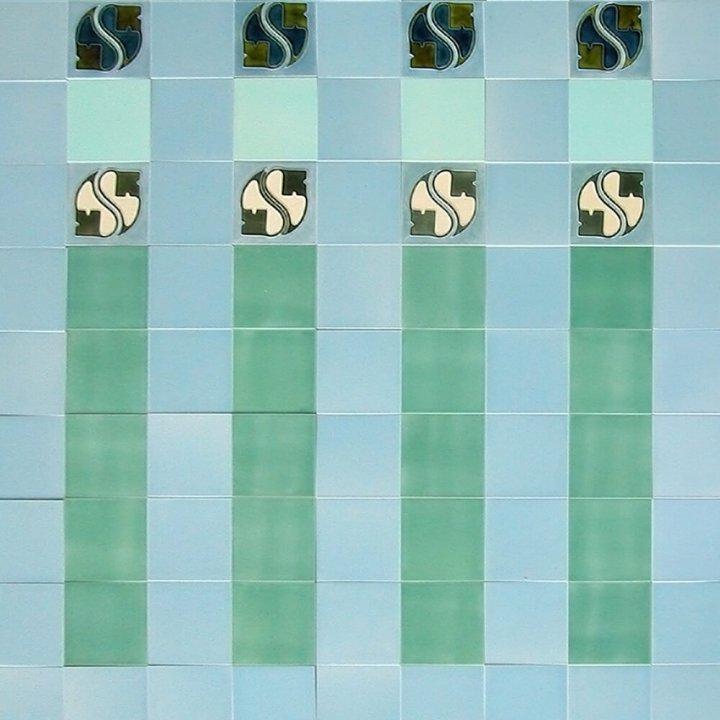 Wandfliesenspiegel, Patch-Art gestaltet von Sabine Heller WSH 124 (3,4m²)