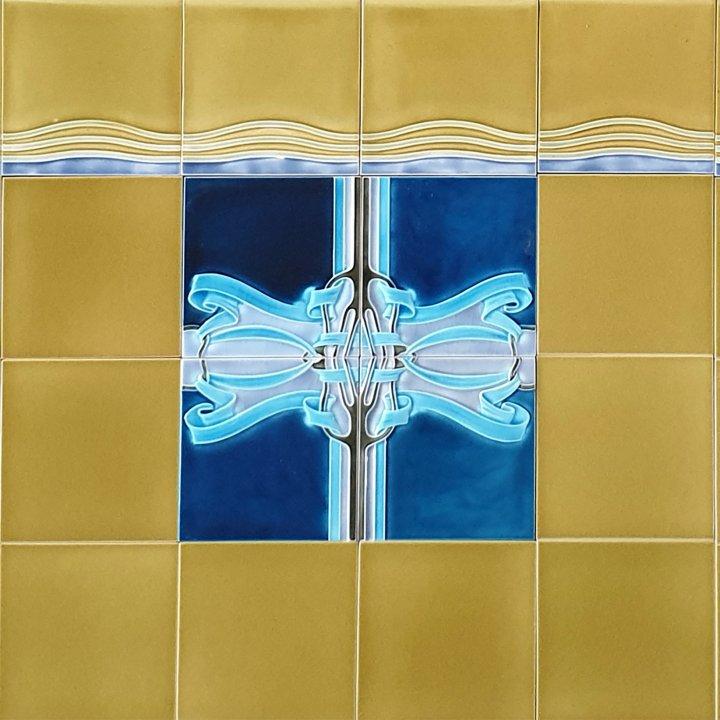 Wandfliesenspiegel, Patch-Art gestaltet von Sabine Heller  WSH 313 (1,09 m²)