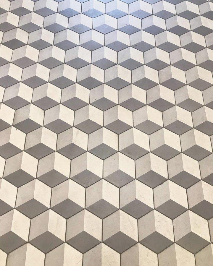 Floor tiles Art Nouveau tiles Photos of customers SF 317 (1)