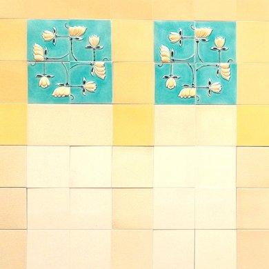 Wandfliesenspiegel, Patch-Art gestaltet von Sabine Heller WSH 152 (3,8m²)