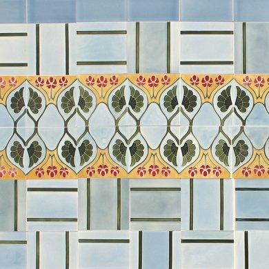 Wandfliesenspiegel, Patch-Art gestaltet von Sabine Heller WSH 185 (2,5m²)